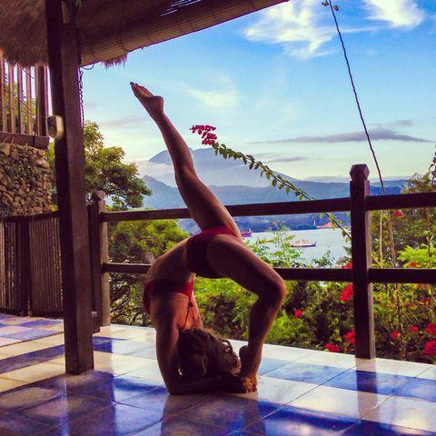 shareyoga 30 day yoga challenge  day 29 intense upside