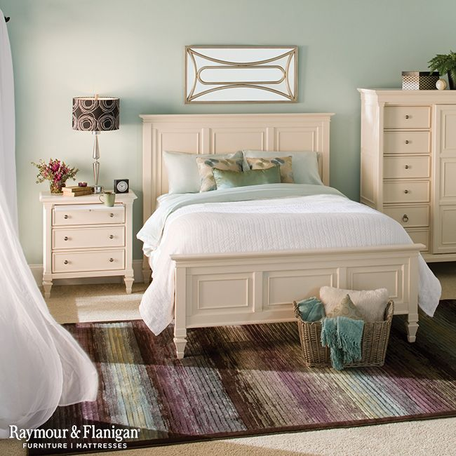 Nothing says beachfront home like this bedroom. The cream-colored ...