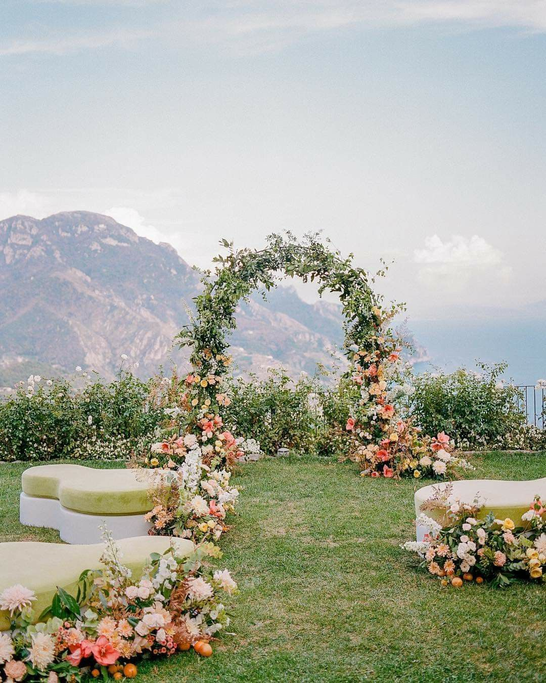 Church Wedding Decorations Ideas For Your Wedding In Italy: Pin By Amy Dennill On 4Entertaining