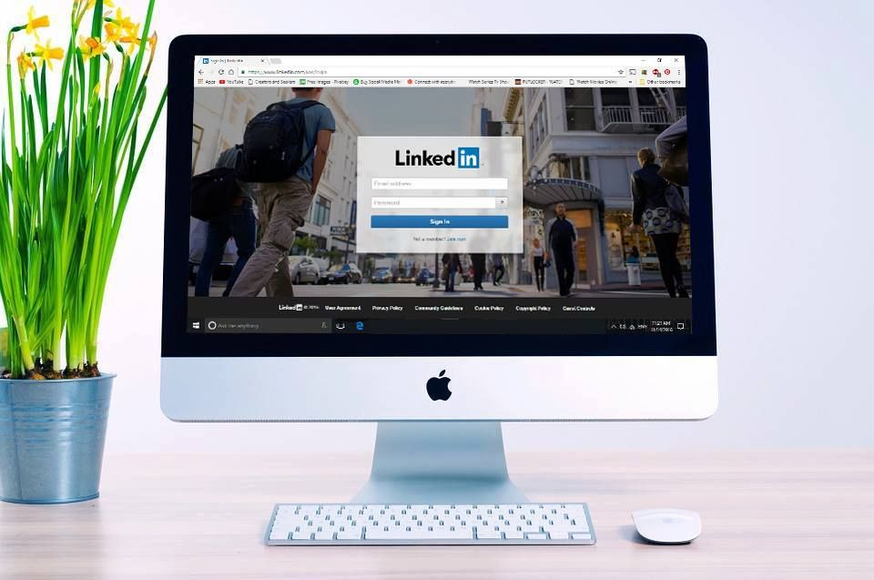 Are you using linkedin as well as you could be business