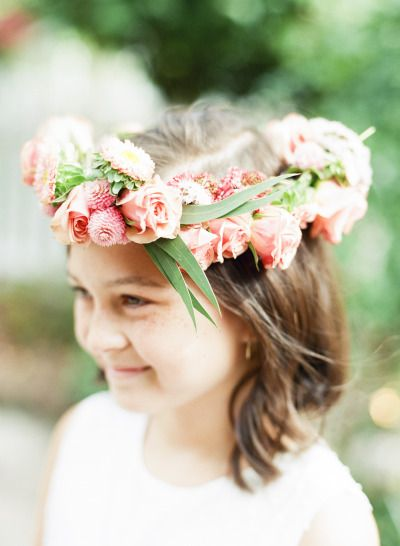 Flower crown: http://www.stylemepretty.com/2015/04/02/whimsical-fall-countryside-wedding/ | Photography: Sweet Tea - http://www.sweetteaphotographybylisamarie.com/
