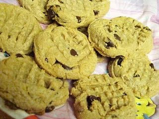 flourless super easy and tasty peanut butter cookies