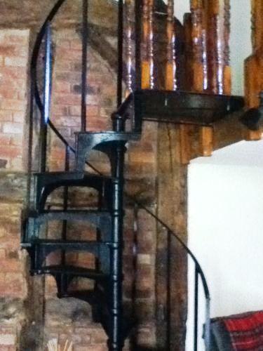 Best Reclaimed Antique Cast Iron Spiral Staircase Spiral 640 x 480