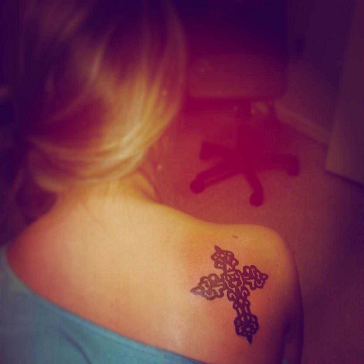 Best 25 Lifeline Tattoos Ideas On Pinterest: Best 25+ Cross Shoulder Tattoos Ideas On Pinterest