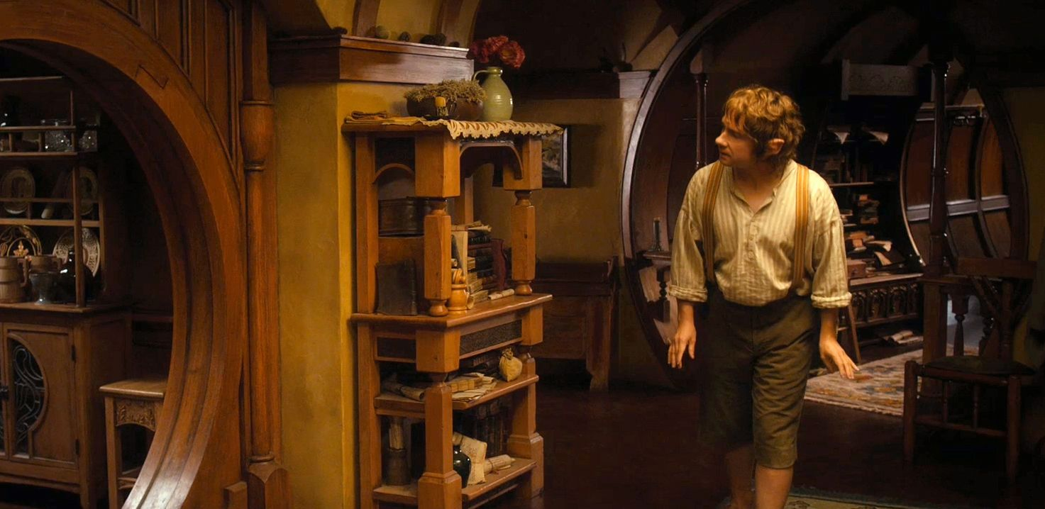 Hobbit pantry google search hobbit pinterest for Hobbit house furniture