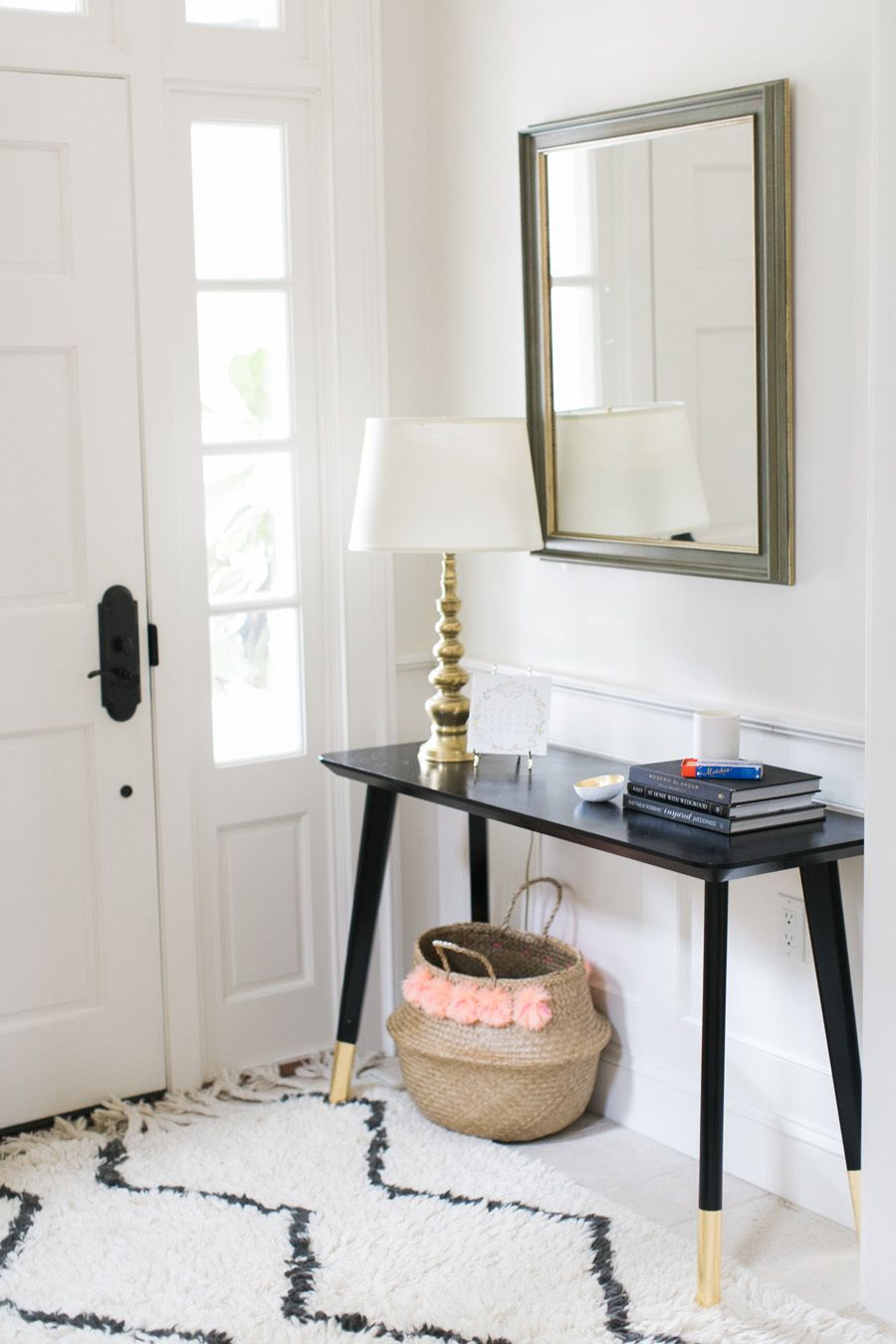purchase cheap 2aa0e 56584 Ikea Hack: DIY Entry Table | Room projects | Ikea entryway ...