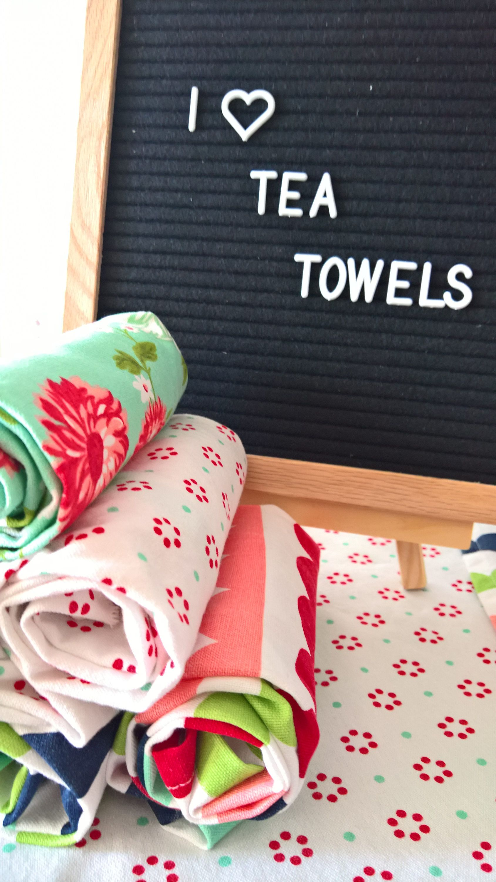 Tea Towel Gift Set Gift For Her Retro Kitchen Towels Hand Towel