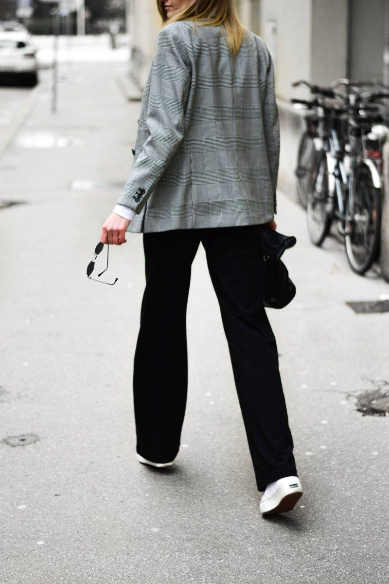 How to wear wide trousers | Superga