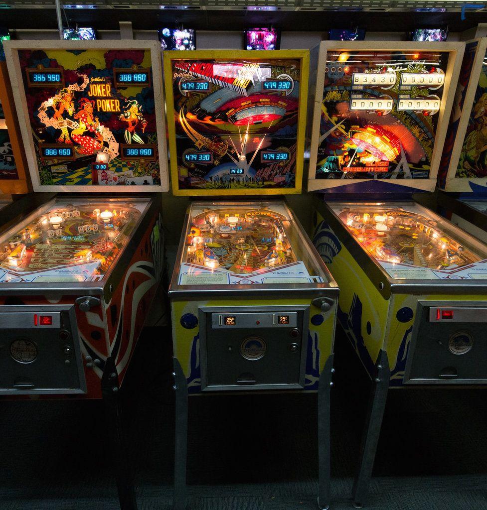 The Ultimate Date Night Bucket List Arcade, Retro arcade