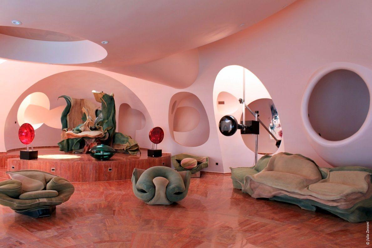 Palais bulles de pierre cardin th oules sur mer 1984 maisons bulles et architecture - Palais bulles de pierre cardin ...
