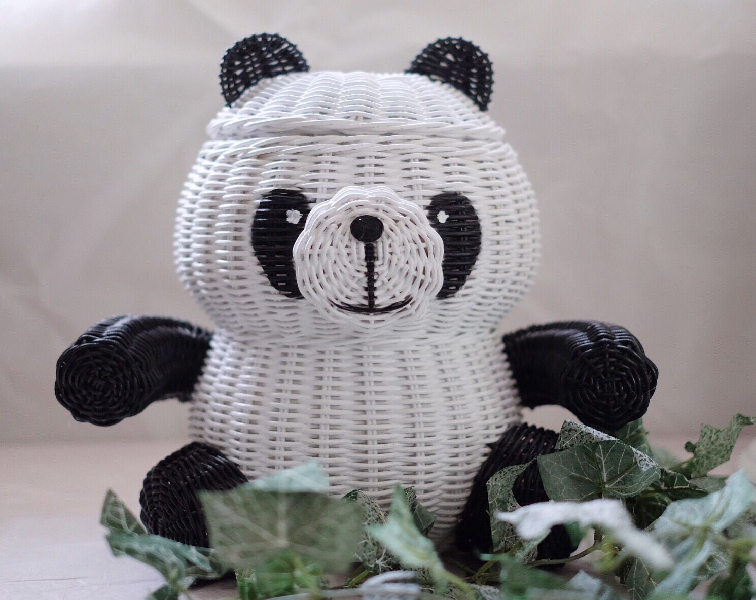 panda rattan basket i baskets pinterest flechten korbflechten und papier basteln. Black Bedroom Furniture Sets. Home Design Ideas