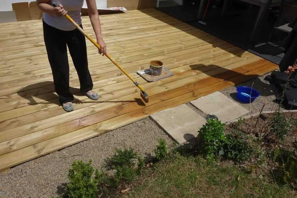 Comment Appliquer Du Saturateur Sur Une Terrasse En Bois Avec