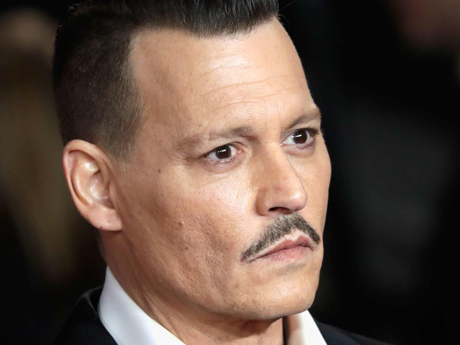 Johnny Depp Says Assault On City Of Lies Film Set Was Self Defense Johnny Depp Movies Johnny