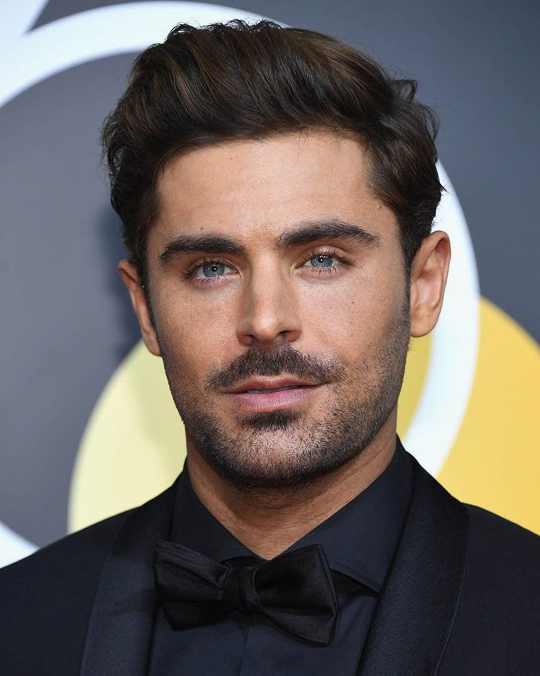 Thoughts On This Look Coiffure Zac Efron Coiffure Homme Court Coiffures Masculines