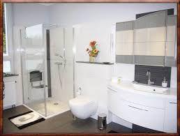 Badezimmermöbel Schwarz ~ Bildergebnis für badezimmer schwarz weiß fliesen badezimmer
