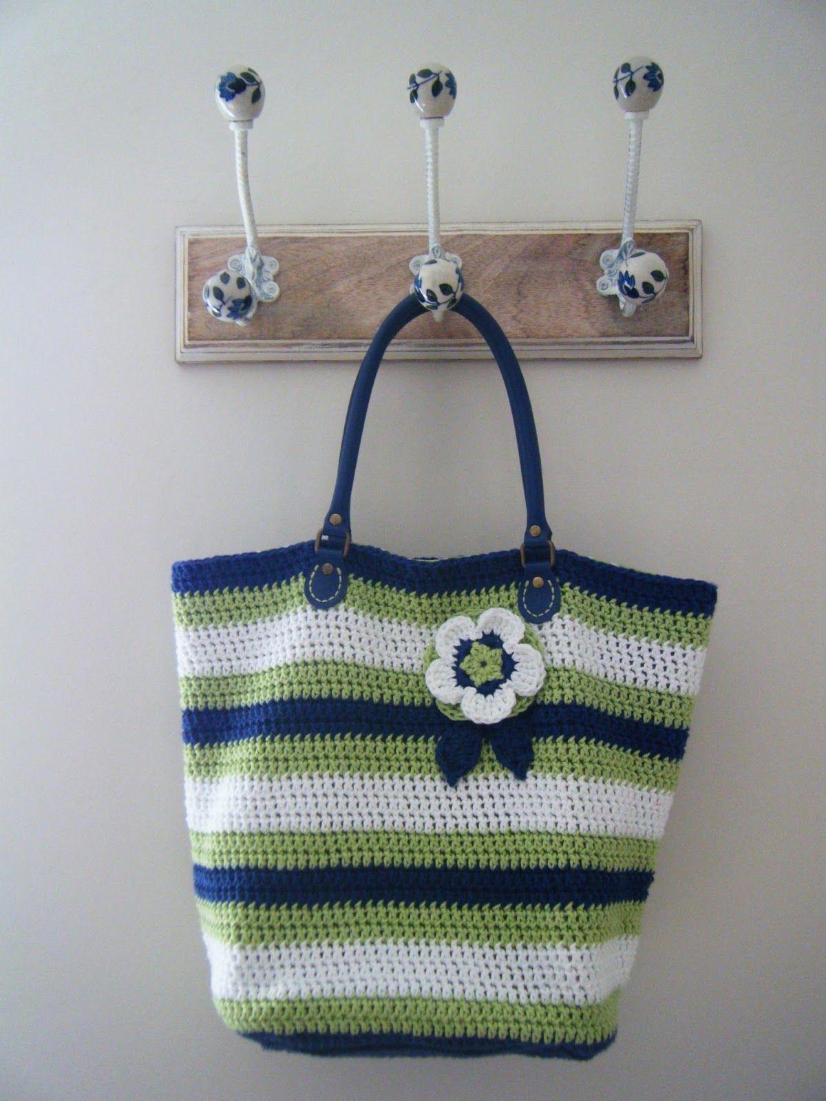 Betsy Makes ....: Crochet Summer Bag