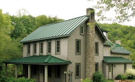 Best Exterior Paint Colors For House With Green Roof House 400 x 300