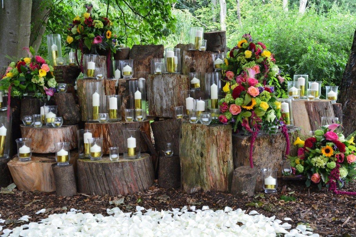 30 beautiful woodland themed wedding decorations themed weddings 30 beautiful woodland themed wedding decorations junglespirit Images