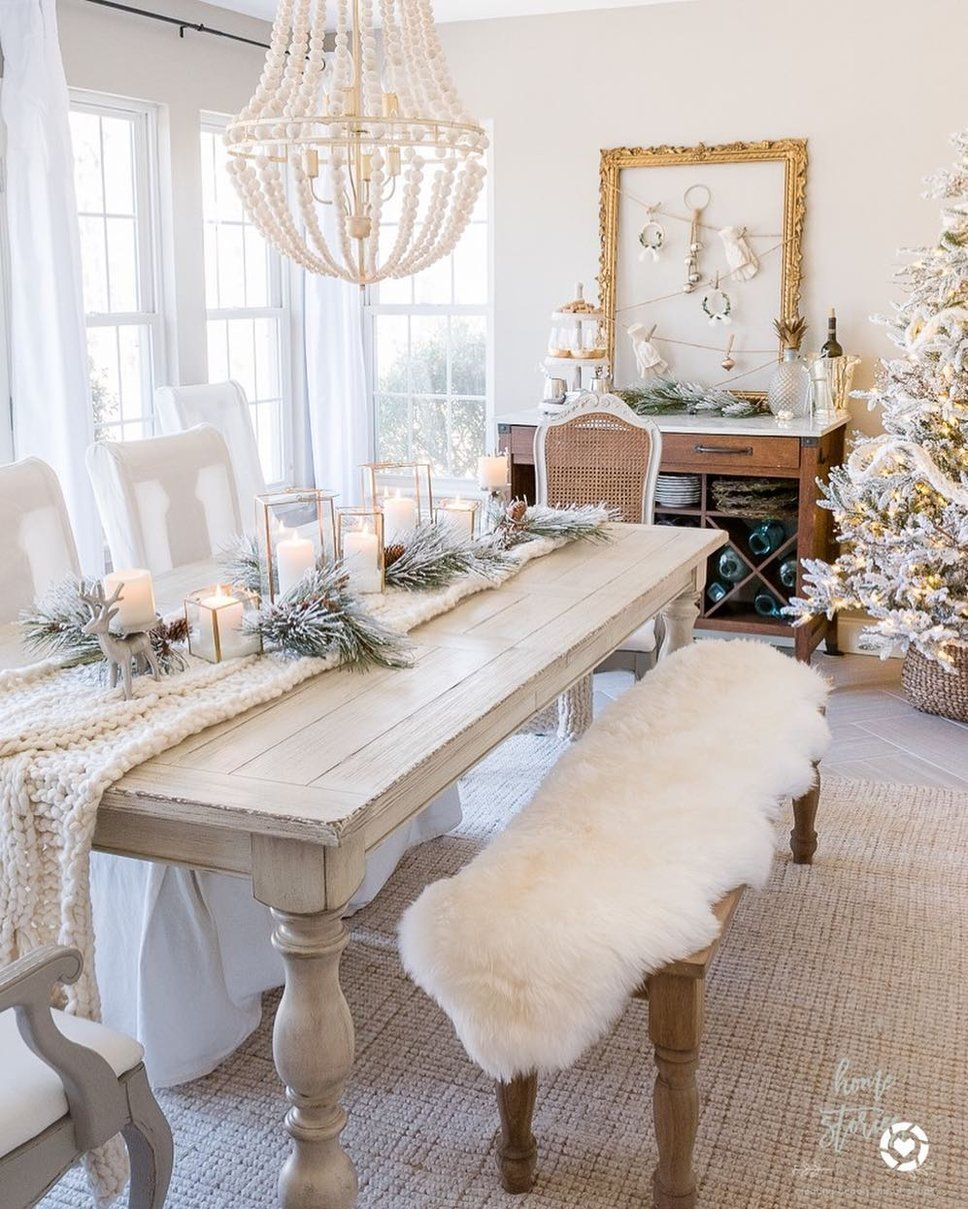 Get Inspired By Traditional Dining Room Design Photo By Wayfairathome Wayfair Lets Christmas Dining Room Christmas Dining Table Decor Christmas Dining Table
