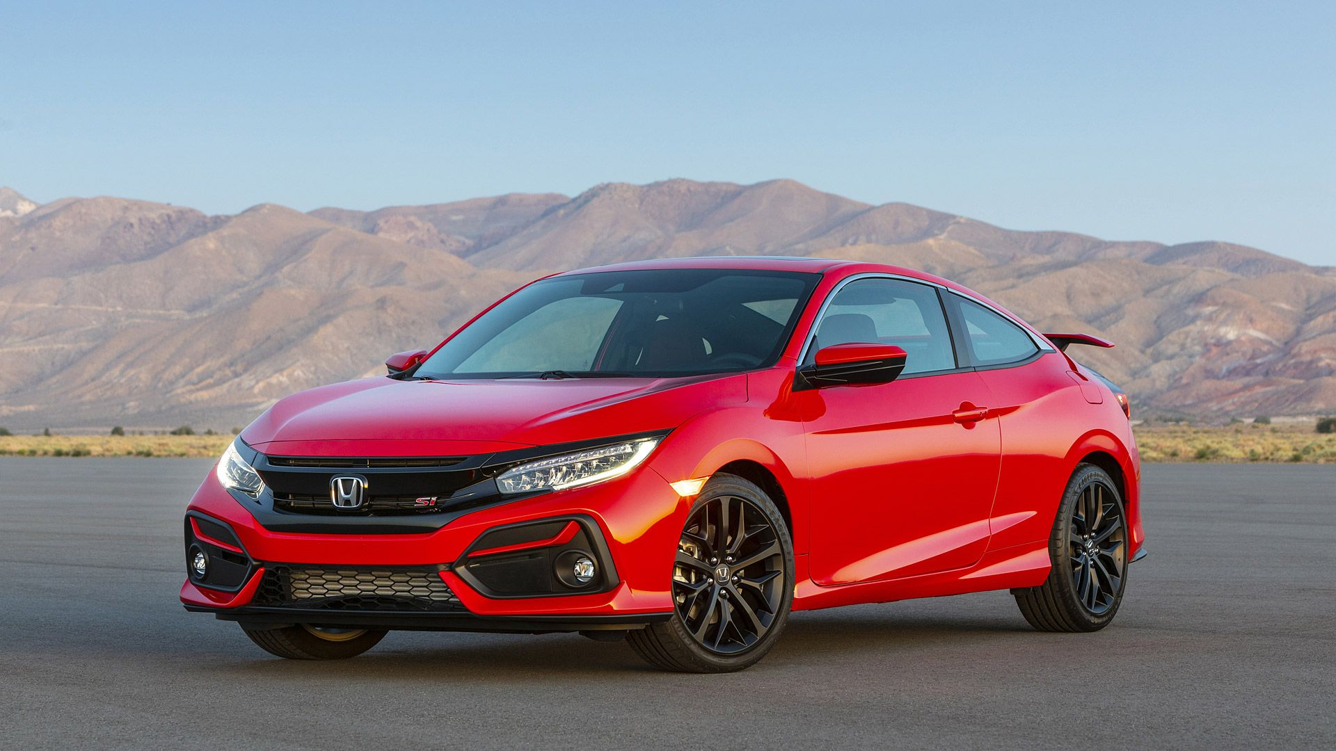 The Honda Civic Si Coupe and Sedan have both received