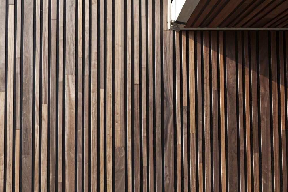 Woodface 174 Innovative Sold Timber Vertical Wall Concept Can
