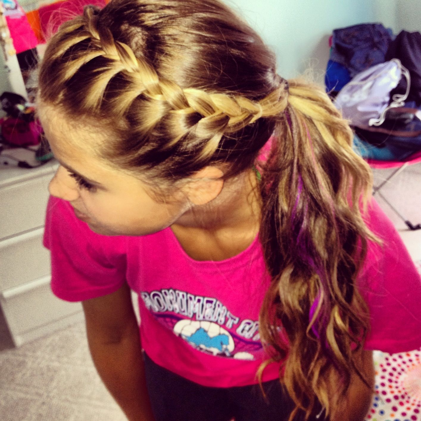 French Braid Your Bangs And Pull Back Into Ponytail Easy To Do And Is Perfect For Sport As Ur Keeps Sporty Hairstyles Volleyball Hairstyles Sports Hairstyles