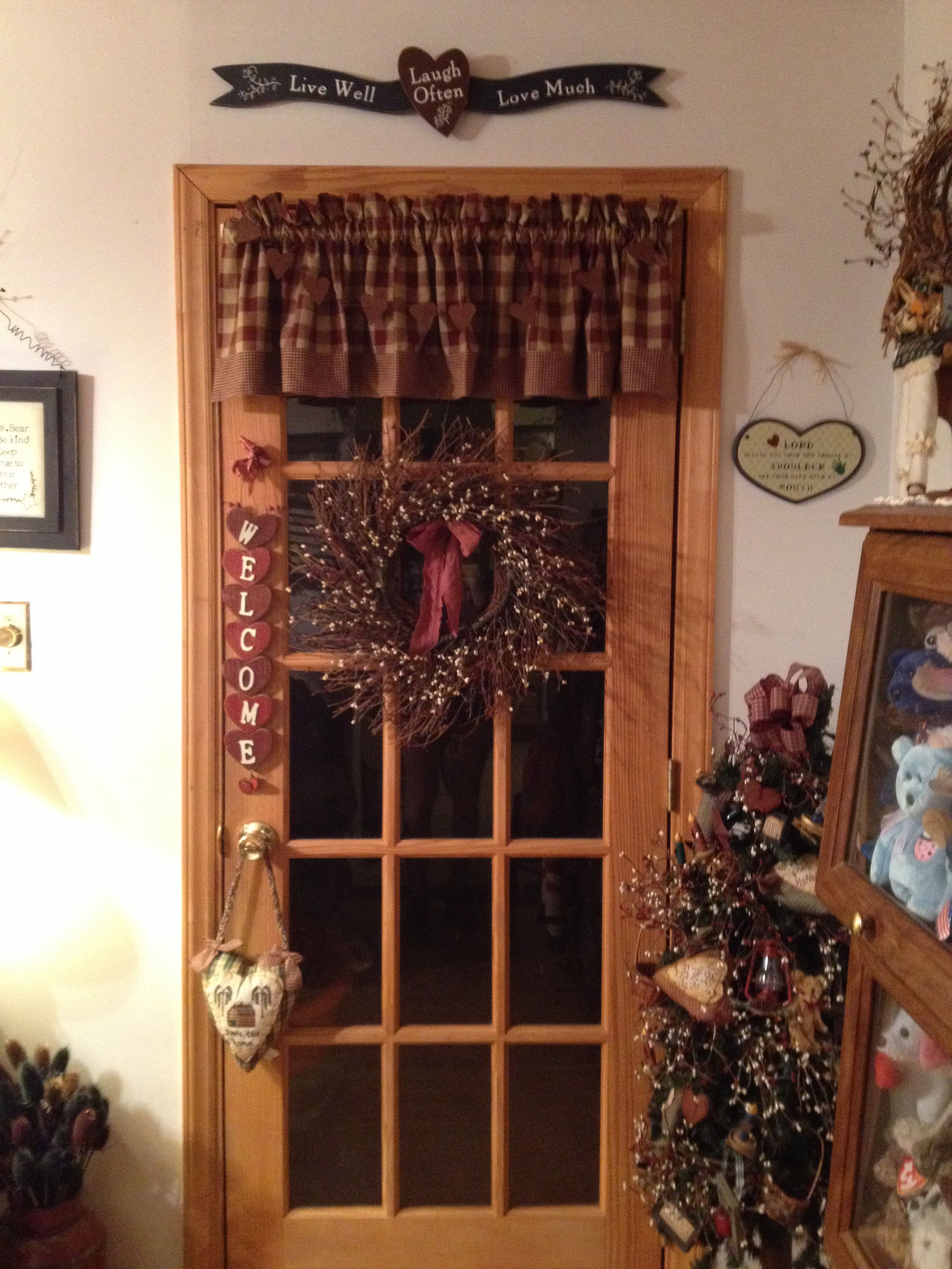 Primitive country rustic door decor   Decorating ideas and themes I ...