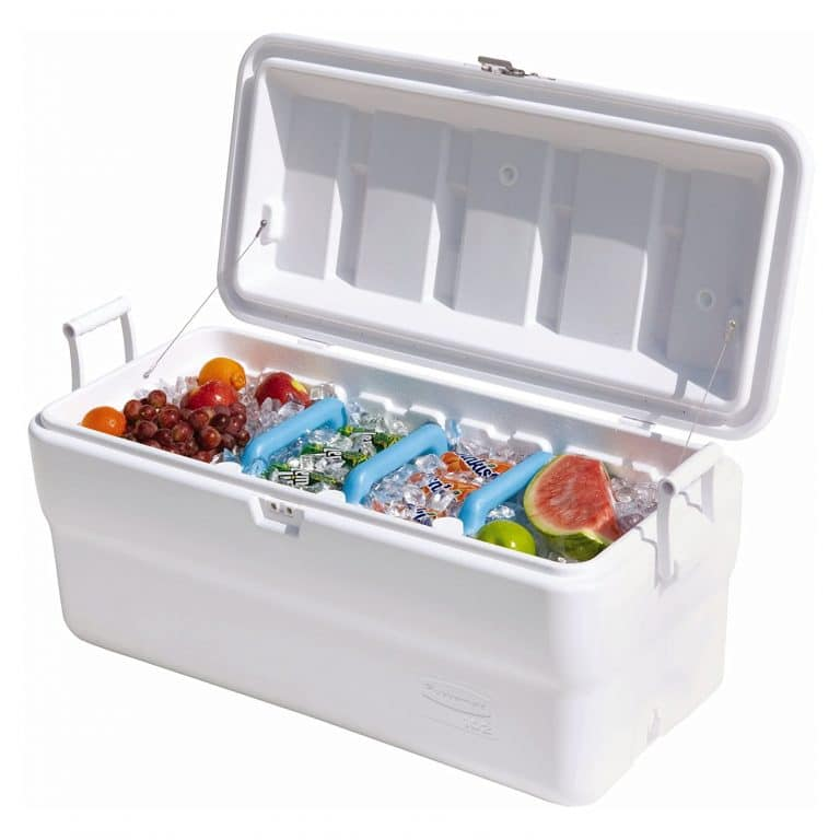 Rubbermaid Marine Cooler In 2020 Ice Chest Cooler Marine Coolers Rubbermaid
