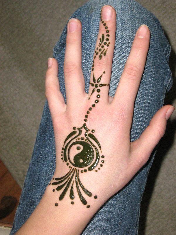 Pin By Yyy Galaxy On Tatoo Inspirations Henna Tattoo Designs Henna Tattoo Tattoo Designs