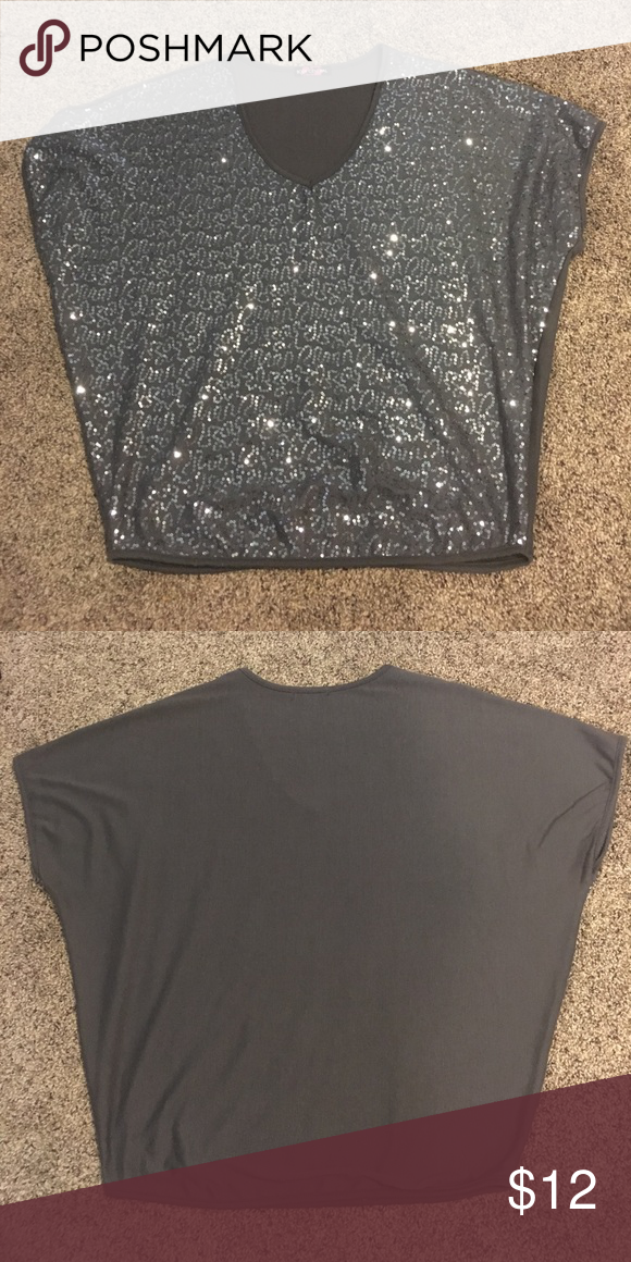 Gray slouchy sequin shirt Body central slouchy sequin top with fitted bottom hem. All bead work is still in perfect condition! Tops Tees - Short Sleeve
