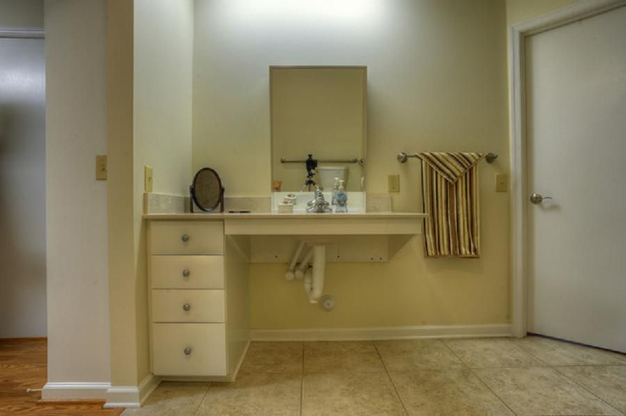 Bathroom sinks handicap accessible ideas pinterest for Handicapped bathroom design