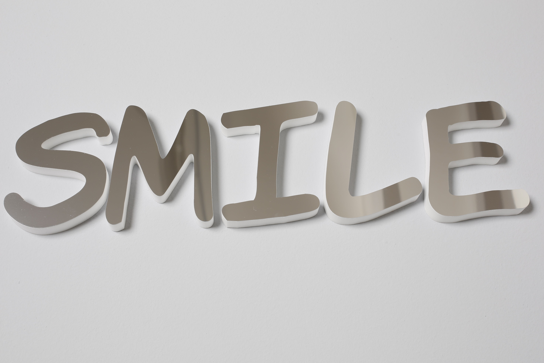 SMILE - 3D Schriftzug aus Dekoschaum mit silber-gespiegelt Optik ...