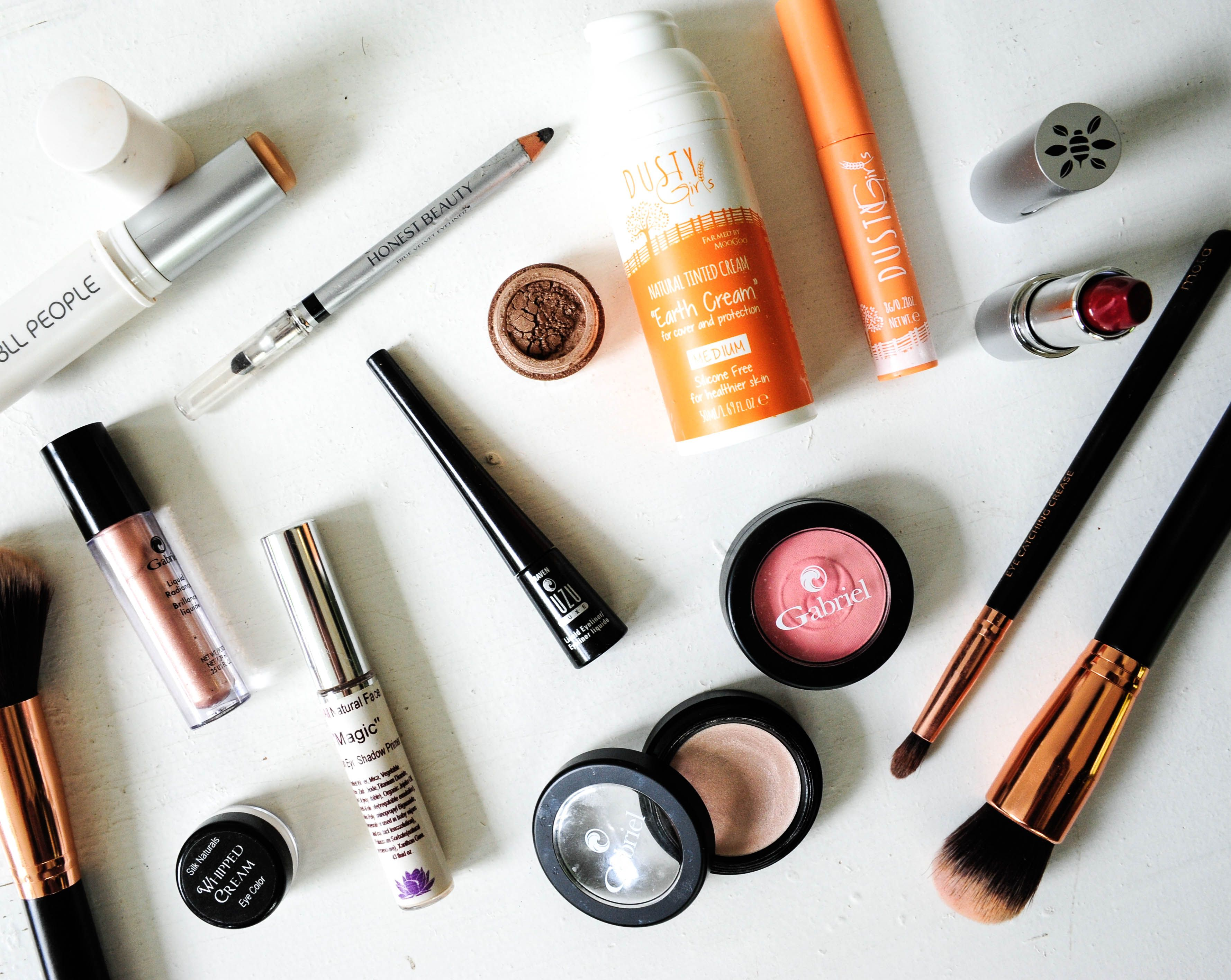 Nontoxic Makeup On A Budget You Can Have It All Non