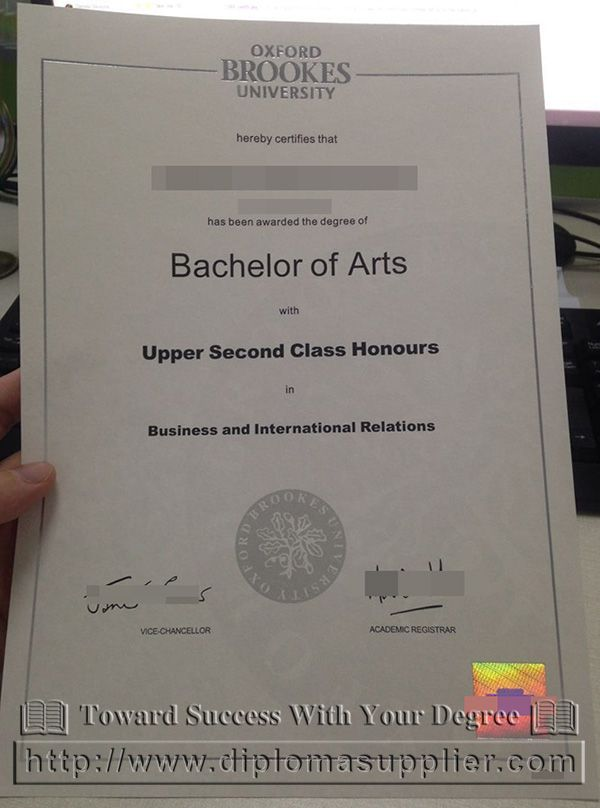 a picture of Oxford Brookes University diploma, Oxford Brookes - sample graduation certificate