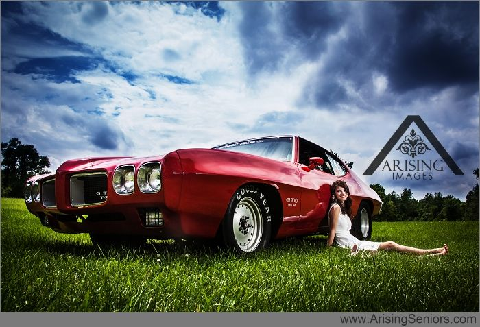 Awesome Michigan Senior Pictures With A Race Car So Cool Arisingimages Creative Seniorpics Seniors Gto Photoshoot