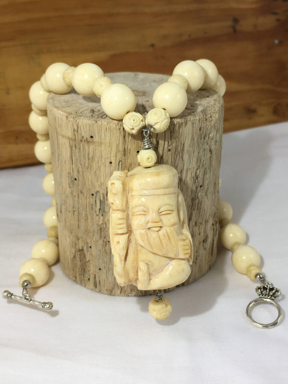 Sold Vintage Carved Bone Netsuke Necklace Smiling Japanese Man Vintage Bone Beads Hand Made In Kauai Hawaii By Bone Carving Bone Beads Vintage Men