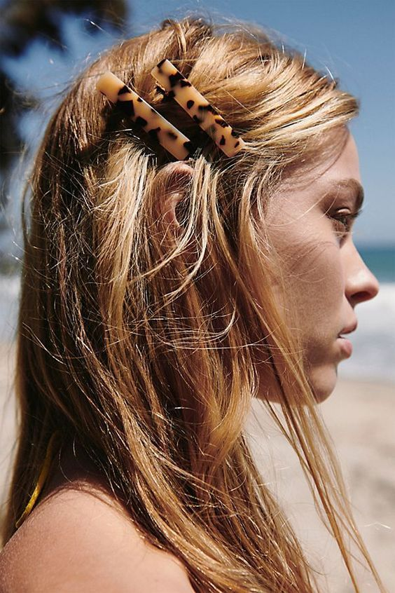 The 2019 Hair Trend you're Going to Want in On | #hairclips