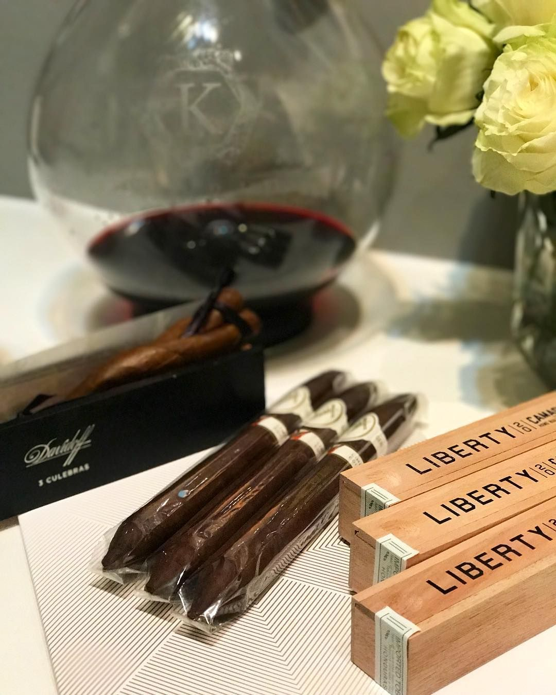 Just Got Some Nice Cigars From Davidoffcigars Thank You Konradlifestyle Davidoff Cigars Cigar Winetime Wineoclock Luxus Luxury Luxus