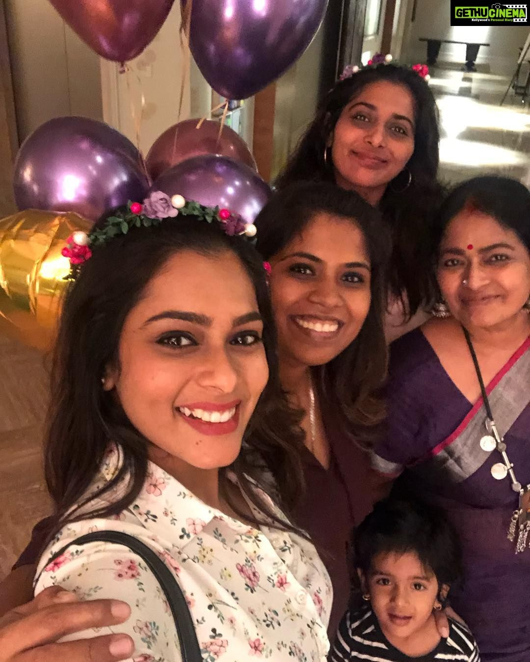 Anchor Kiki Vijay 2019 Latest Hd Gallery Gethu Cinema Anchor Gallery Celebrities