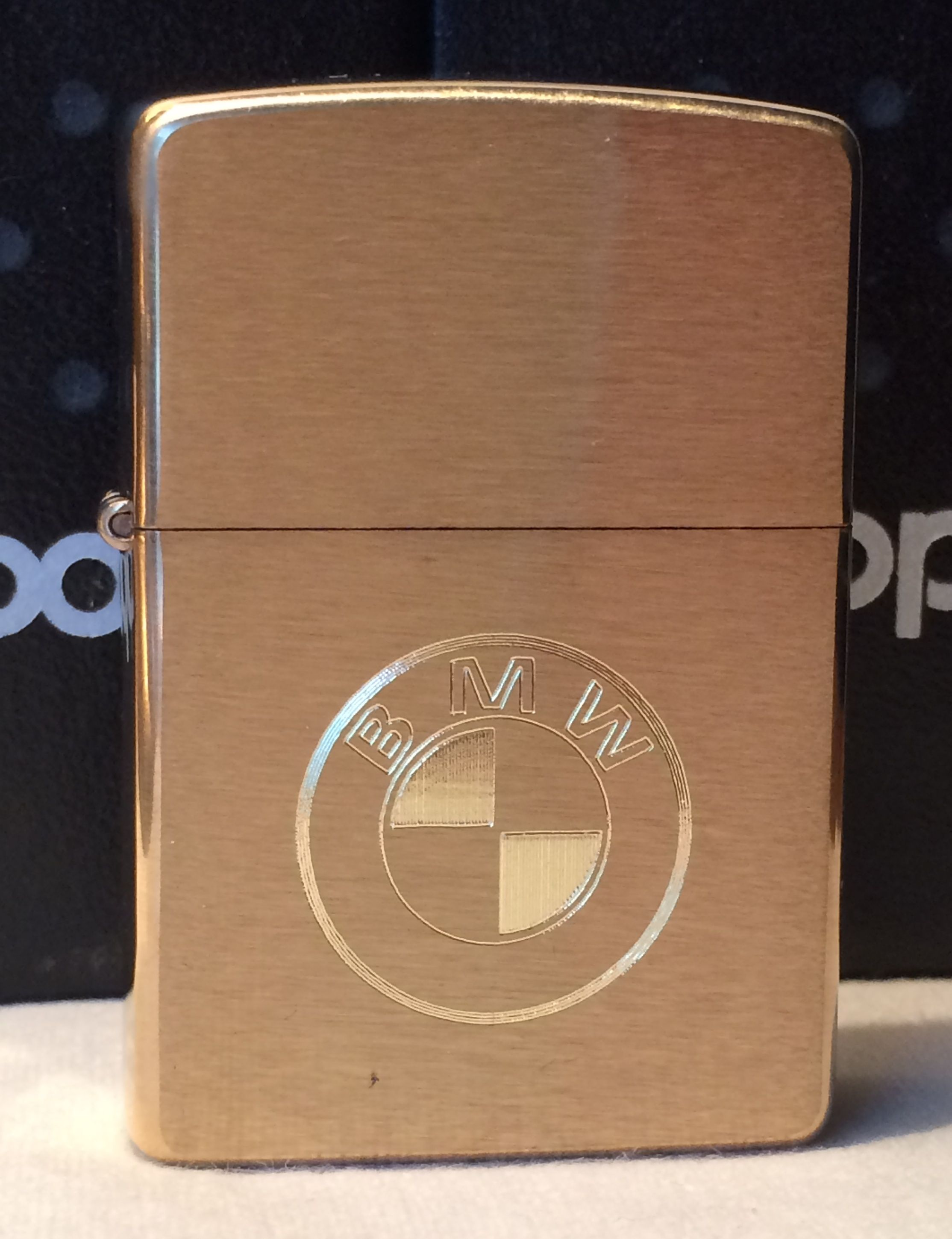 le meilleur nouvelle version magasin Zippo Brushed Brass Finish BMW Logo Lighter en 2019 ...