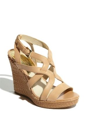 nude wedges by nona