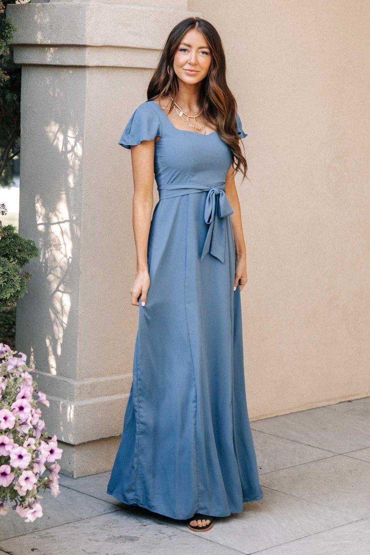 Florence Sweetheart Maxi Dress In Mauve Maxi Dress Modest Fashion Outfits Modest Maxi Dress [ 1125 x 750 Pixel ]
