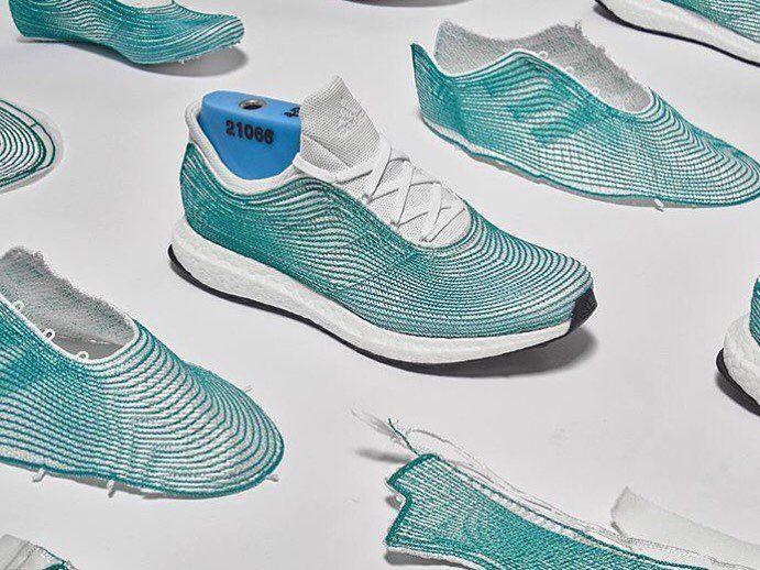 Enfin Plastique Les Baskets Recyclé D'adidas Sont LàDma1 En yY7vmIb6fg