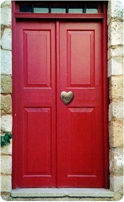 Hearts: Red door with #heart knob. Love! #myobsessionwithreddoors