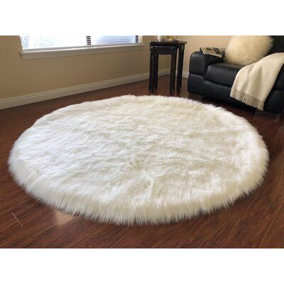 Union Rustic Whitner Luxurious Off White Area Rug Rug Size Round 12 In 2020 Rugs On Carpet White Area Rug Round Carpet Living Room