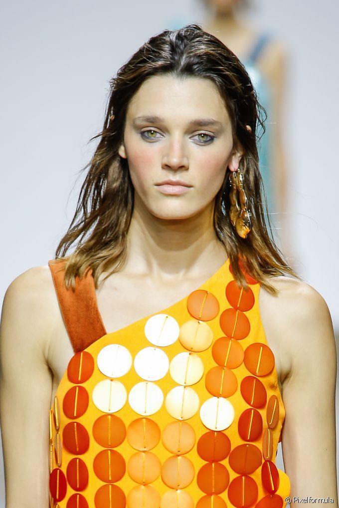Semana de Moda de Londres: confira as tendências que prometem fazer sucesso na primavera/verão 2017