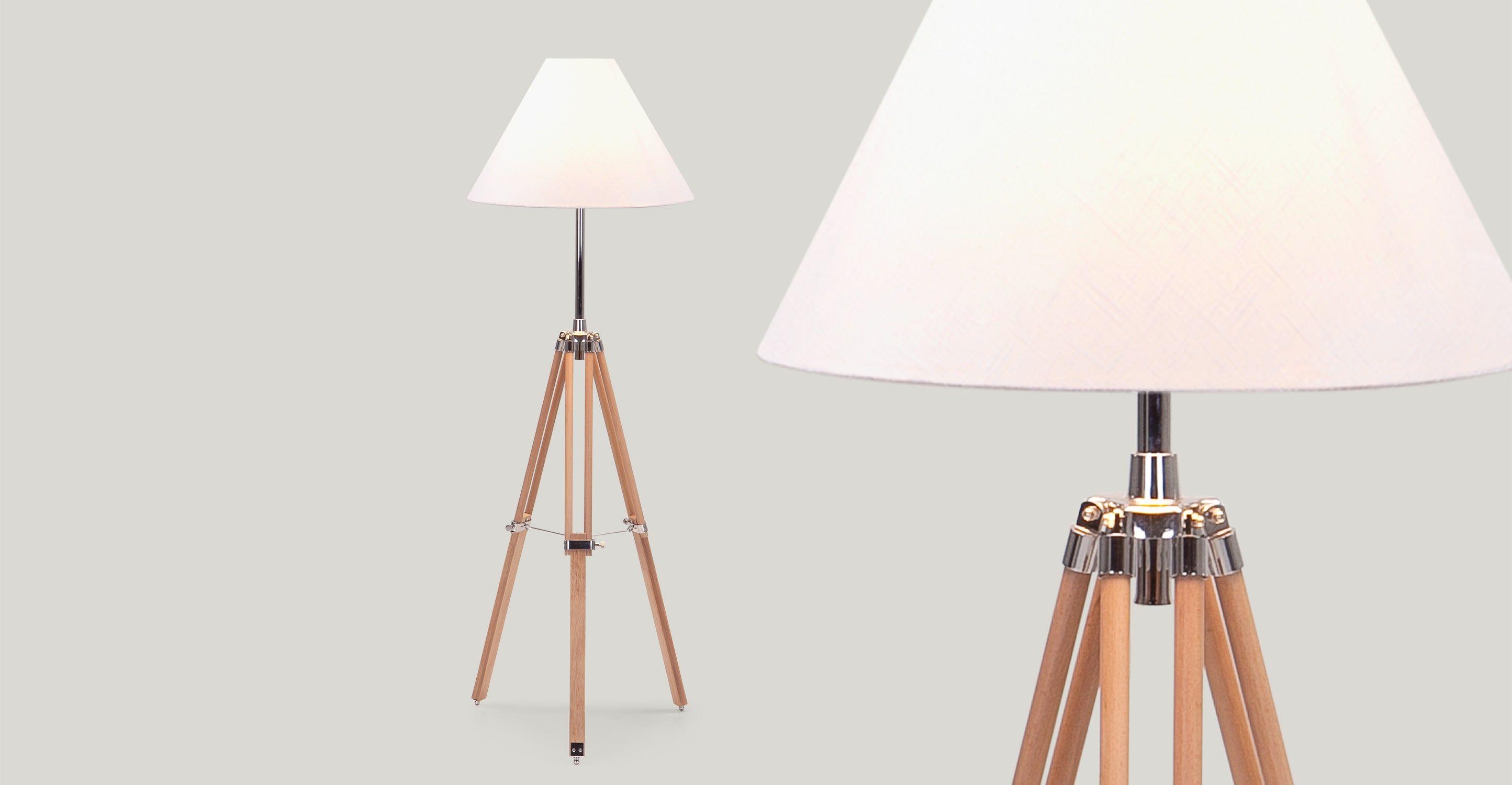Navy driepoot staande lamp in naturel hout mi casa