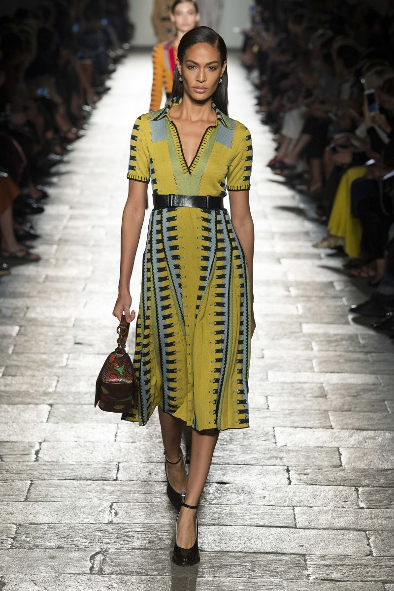 official photos 1fefb 1db2a Bottega Veneta   Abiti   Fashion, Yellow fashion, Fashion now
