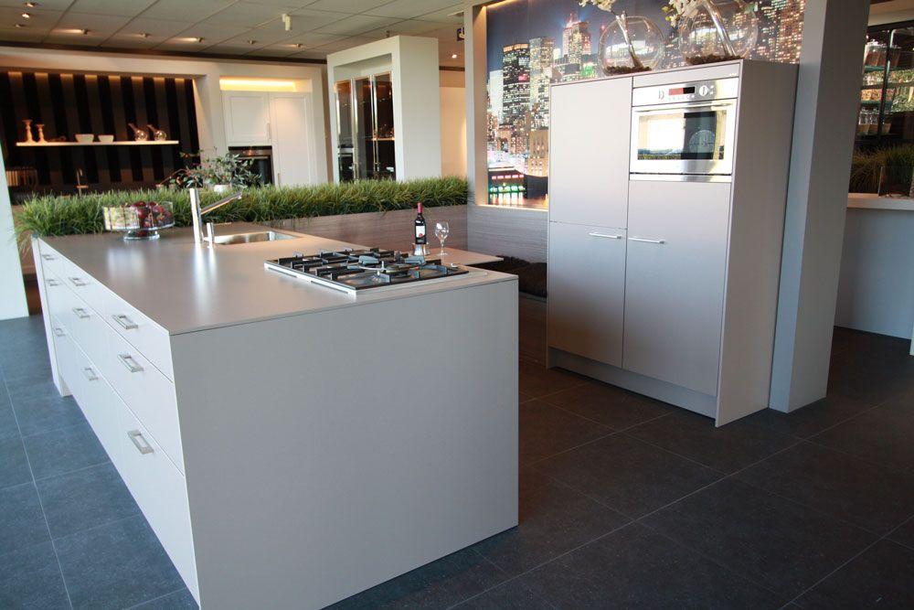 Grijze Moderne Keuken : Grijze moderne siematic keuken keuken pinterest grijze keukens