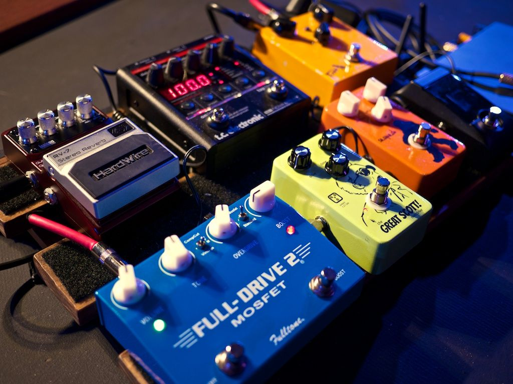 Pedalboard guitar gear pinterest pedalboard rigs and guitars electric guitar rig for worship music worship tutorials baditri Images